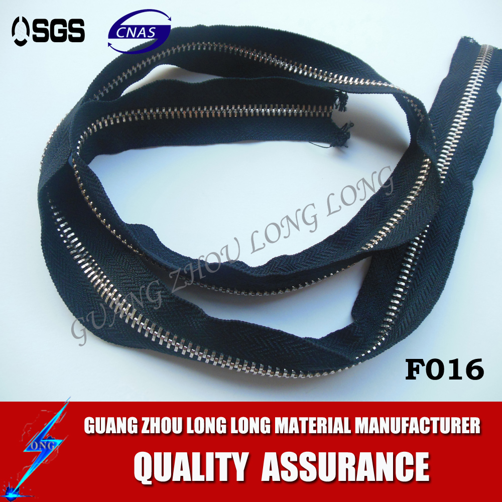 Various Sizes Long Chain Nylon Zipper Factory Different Quality