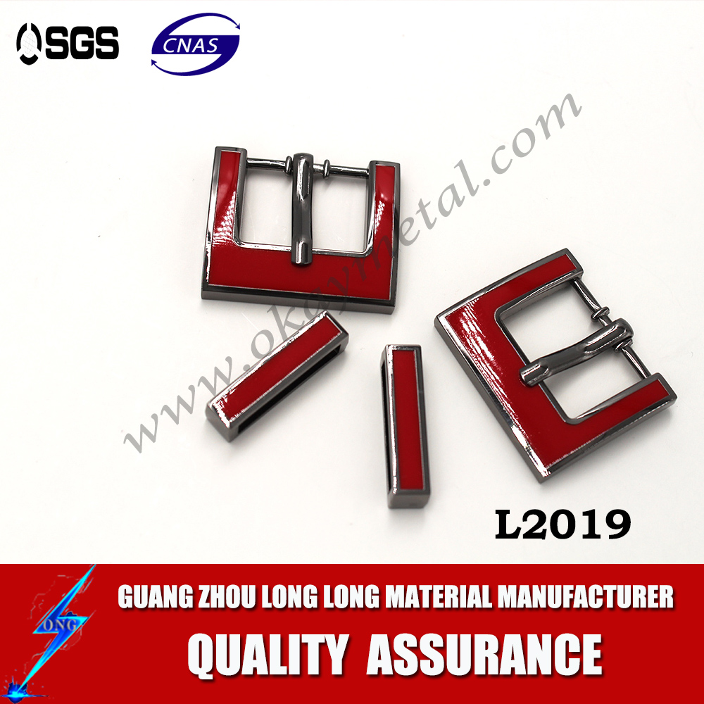 red color shoe buckle accessories